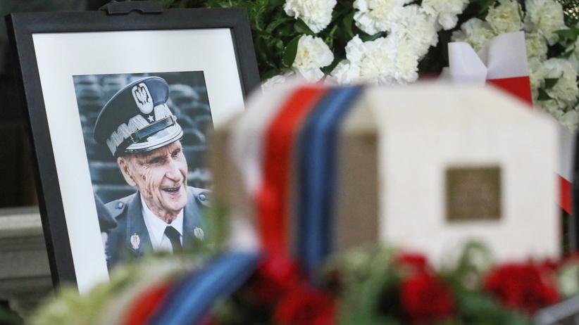 List Dudy i ostatnie pożegnanie. Gen. Zbigniew Ścibor-Rylski spoczął na Starych Powązkach