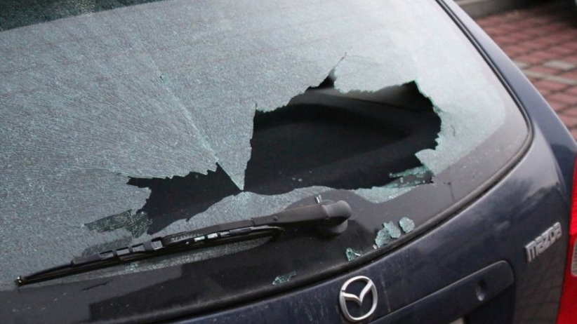 Wandale z Głogowa zatrzymani. Strzelali do samochodów, uszkodzili 13 aut [WIDEO]