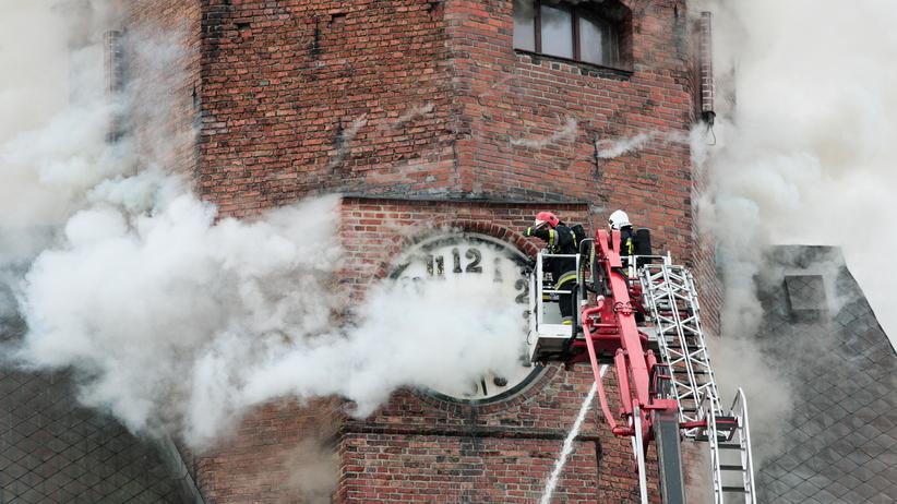 Pożar katedry w Gorzowie Wlkp. Walka z ogniem trwała całą noc