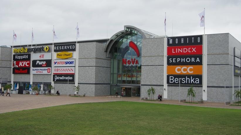 Ewakuacja galerii handlowej w Gorzowie Wielkopolskim