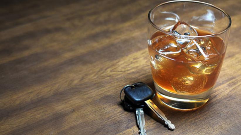 Pijany próbował zatankować auto. Pracownik stacji zabrał mu kluczyki