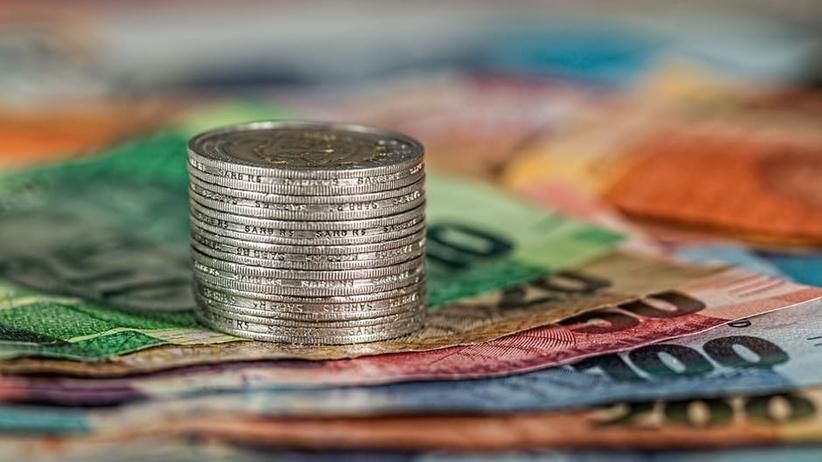 GUS: PKB wzrósł o 3,9 proc. To więcej niż prognozowali ekonomiści