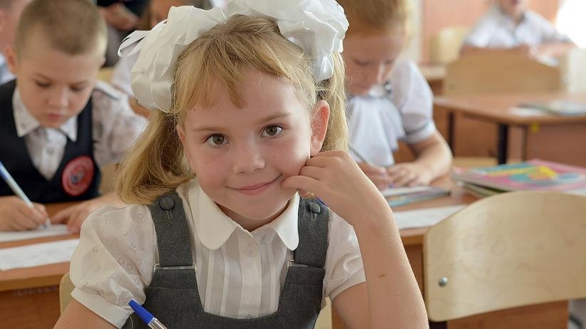 Denerwuje cię polski system oświaty? Ucz dziecko w domu, tak jak robi to ponad 10 tys. rodziców