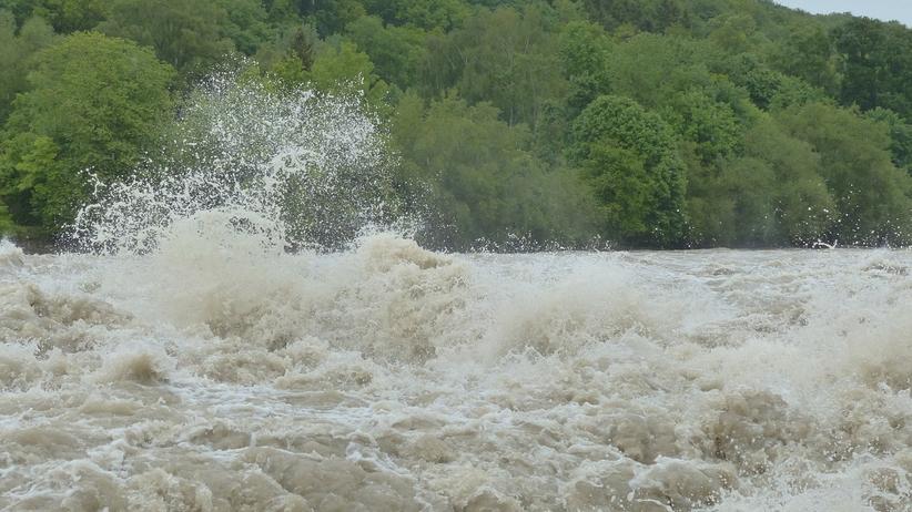 Rośnie poziom wód w rzekach na południu Polski. Służby w pełnej gotowości