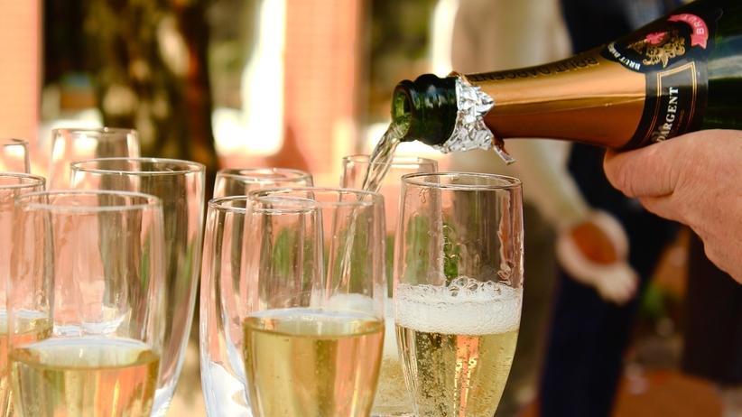 Nie pij byle czego. Produkcja wysokiej klasy szampana trwa ok. sześć lat