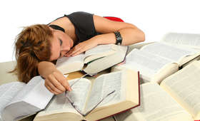 Edukacja: czy zadawanie prac domowych to dobry pomysł?