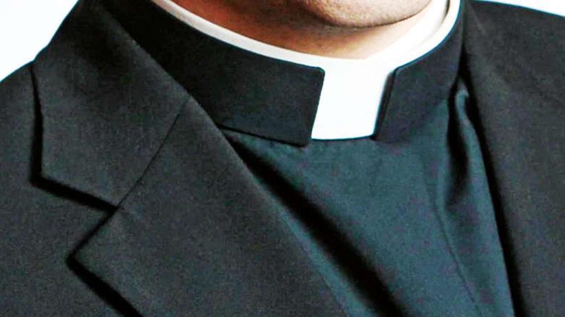 Ksiądz wysyłał do chłopca SMS-y z seksualnymi propozycjami