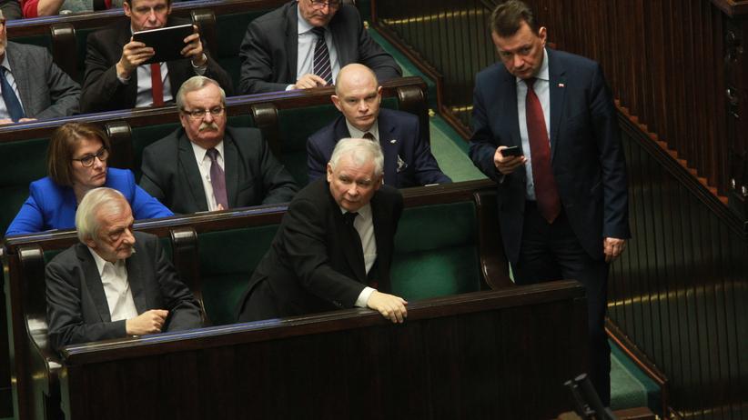 Jarosław Kaczyński napisał list do parlamentarzystów. Jest ostra reprymenda!