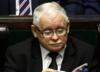 W Sejmie ważne głosowania, a Kaczyński czyta... Atlas Kotów. Zdjęcie HITEM sieci [FOTO]