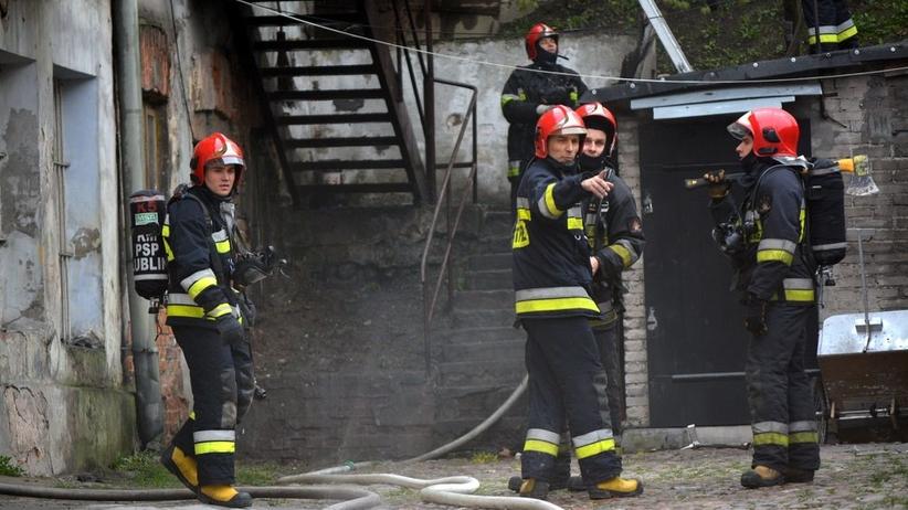 Jedna osoba zginęła w pożarze. Ogień rozniósł się od…wycieraczki