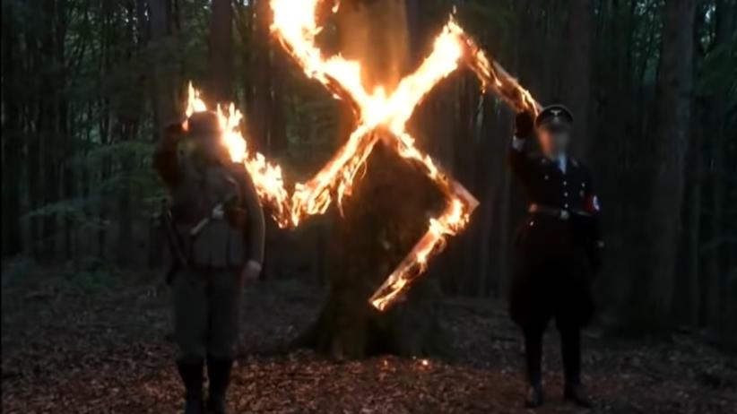 """Akt oskarżenia przeciwko organizatorom i uczestnikom """"urodzin"""" Adolfa Hitlera"""