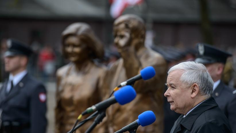Kaczyński odpowiada Macronowi