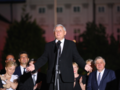 Kaczyński pod Pałacem: w 8. rocznicę staną tu pomniki i będziemy znali prawdę!