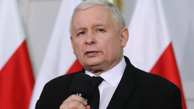 Będa dwa nowe pomniki smoleńskie w Warszawie. Kaczyński ogłasza konkurs