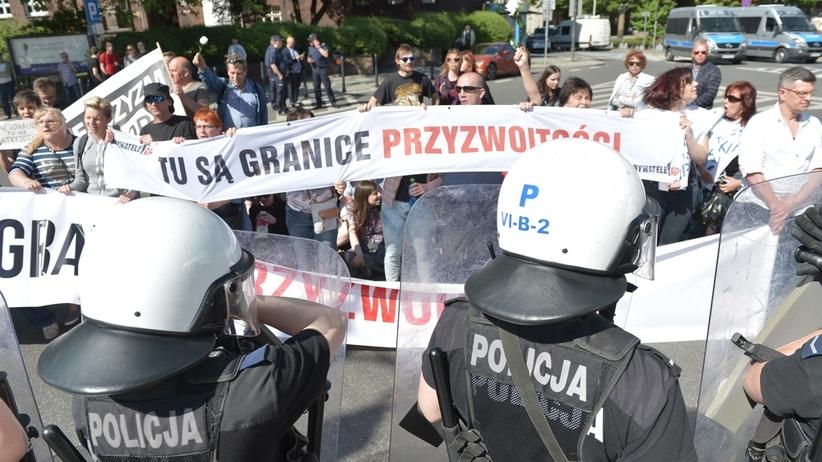Katowice: demonstracja narodowców rozwiązana