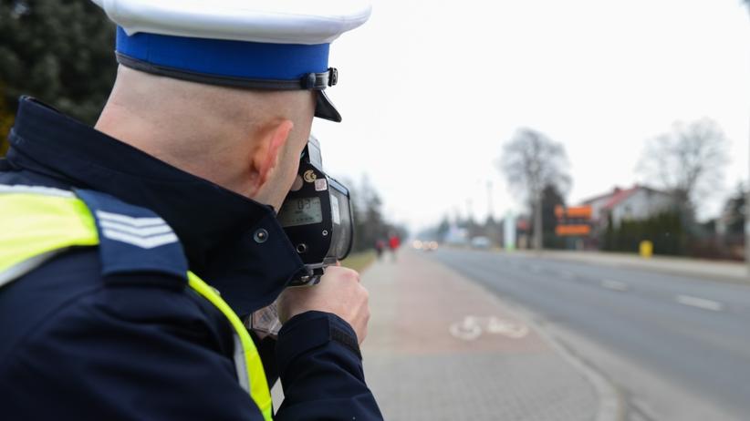 14-latka uciekała BMW ojca przed policją. Chciała pojechać na zakupy