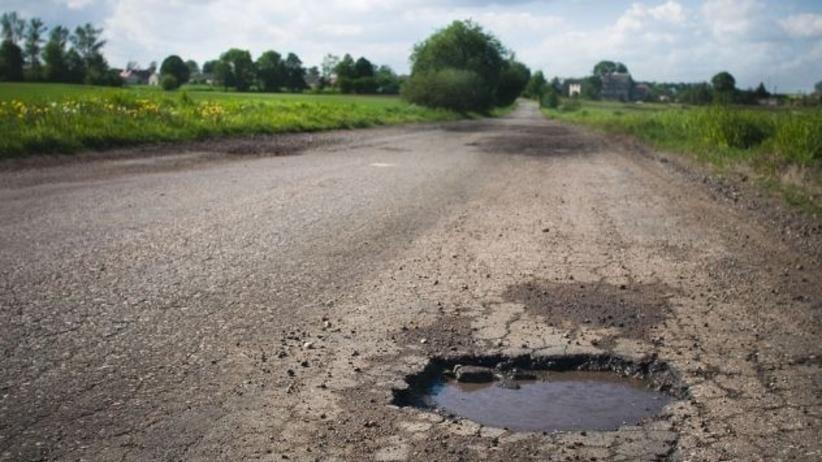 Kierowcy! Informujcie nas o dziurach w drodze - apel drogowców