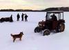 Kłodawa: pijany mężczyzna jeździł ciągnikiem po lodzie