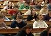 Nadchodzi koniec prac licencjackich i inżynierskich. Uczelnie wprowadzą egzaminy końcowe