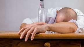 Dzięki Kościołowi alkohol będzie dostępny od 21. roku życia?