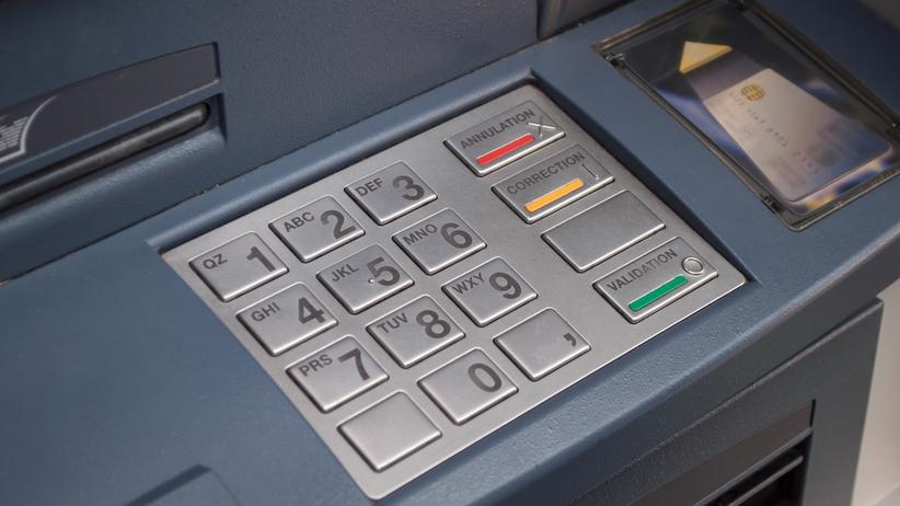 W Krakowie eksplodował bankomat. Policja poszukuje dwóch osób