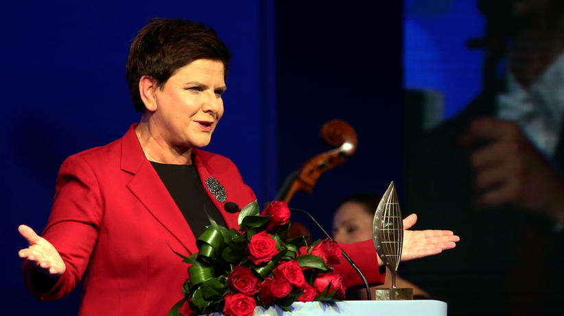 Beata Szydło z Nagrodą Człowieka Roku: Poszliśmy do zwykłych Polaków, by dać im poczucie godnego życia