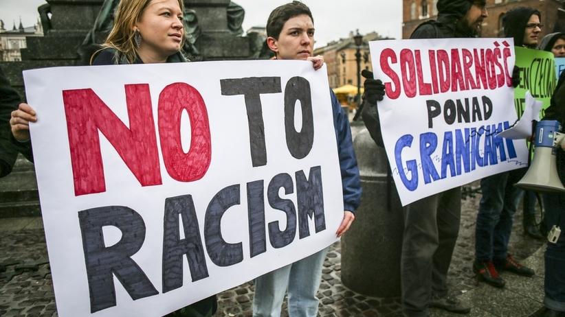 Rośnie liczba przęstępstw na tle rasistowskim. Potrzebne słowa potępienia!