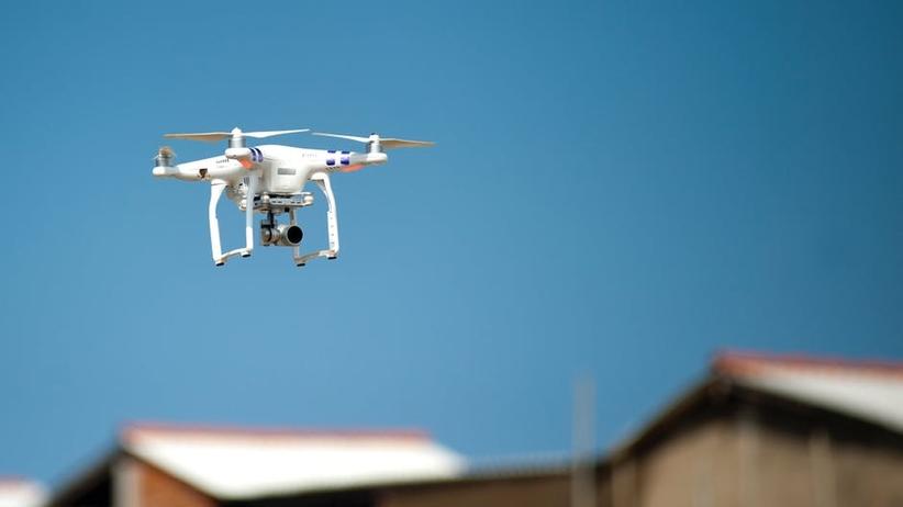 Ksiądz szpieguje dronem mieszkańców wsi na Podkarpaciu