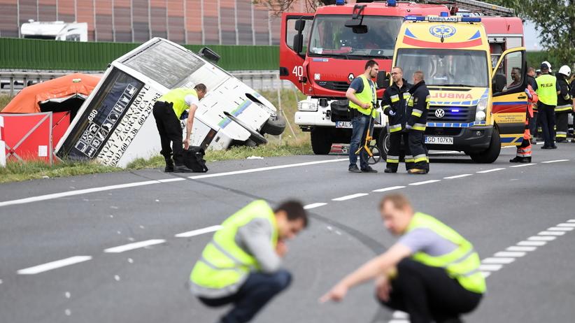 Kujawsko-Pomorskie: Wypadek autobusu. Są ofiary śmiertelne