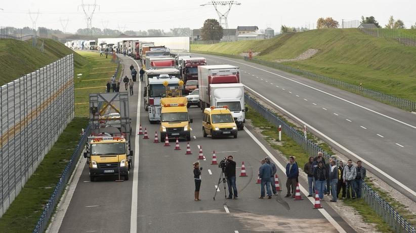 UWAGA KIEROWCY! Zablokowana A1, doszło do poważnego wypadku