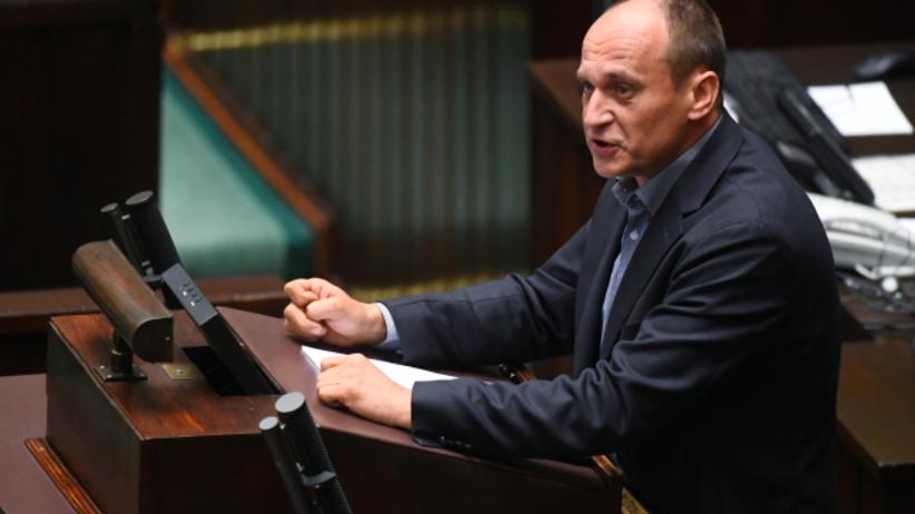 Posłowie Kukiz'15 chcą referendum w sprawie przyjęcia do Polski uchodźców