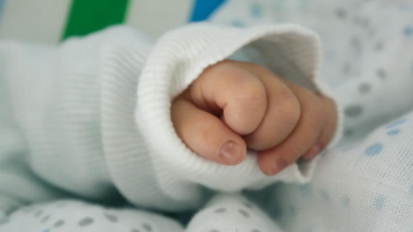 Kobieta, która pod wpływem alkoholu urodziła dziecko, usłyszy zarzuty