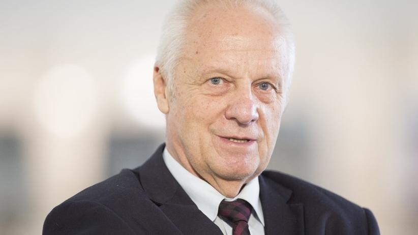 Stefan Niesiołowski skorumpowany? Prokuratura stawia pierwsze zarzuty