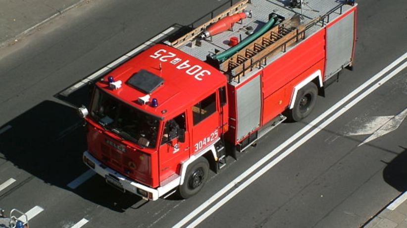 Pożar hali z tekstyliami