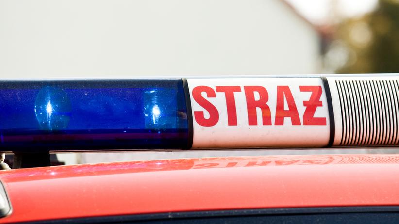 Wypadek szkolnego autobusu w Łódzkiem. W środku 16 dzieci