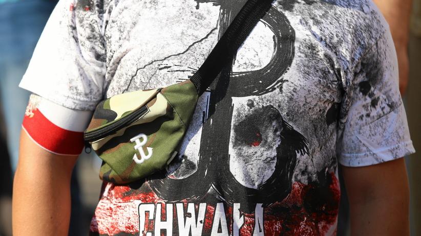Łomianki: Mural patriotyczny z hitlerowskimi zbrodniarzami