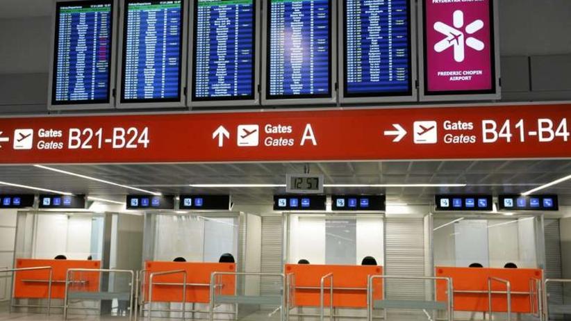 Wakacyjna praca na lotnisku Chopina. Oprócz wynagrodzenia — darmowy bilet!