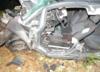 Tragiczny wypadek: 18-latek wypadł z drogi i wbił się w drzewo