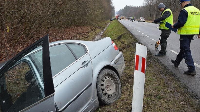 Pijani wracali BMW z dyskoteki. Kierowca tłumaczył, że został porwany [FOTO]
