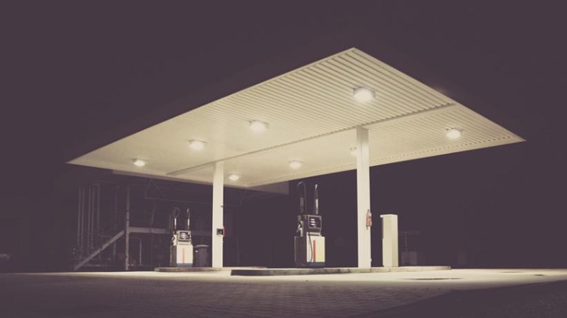 Horror na stacji paliw. 34-latek zabił młodszego brata