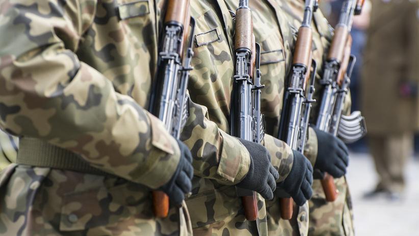 Lubelskie. Żołnierz podejrzany o molestowanie i szantażowani nastolatek