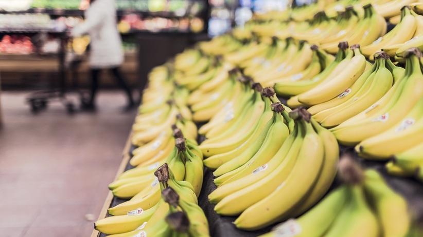 Chciał ukraść tablet. Zważył go na wadze, przykleił cenę bananów i poszedł do kasy samoobsługowej