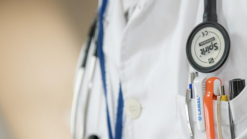 Lublin. Rozpoczął się proces lekarza, który nie przyjął pacjenta ze skierowaniem