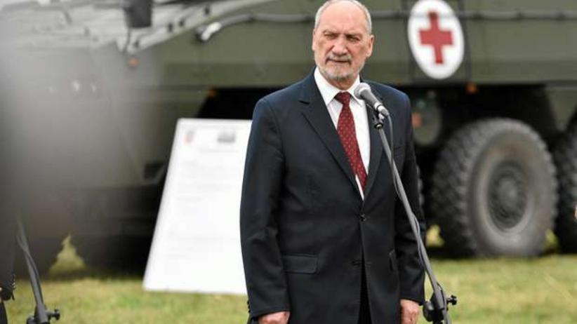 Macierewicz chce pieniędzy od Niemiec: Są winne Polsce reparacje