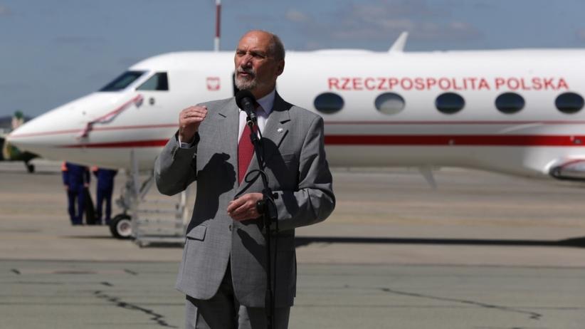 Macierewicz pokazał nowy samolot: Przez lata udawano, że polscy politycy są bezpieczni. Państwo przestało być teoretyczne