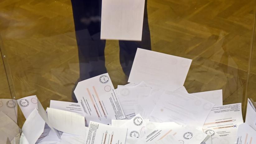 Mieszkańcy chcą powtórki wyborów na burmistrza. Powodem wypadek