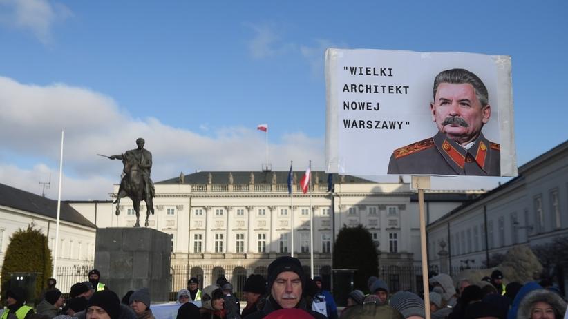 KOD protestował przeciw powiększeniu Warszawy