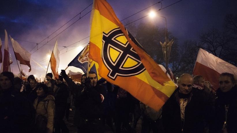 Marsz Niepodległości. Śledczy nadal nie wiedzą kto nawoływał do nienawiści