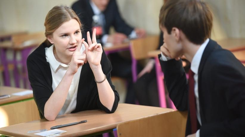 Maturzyści sprawdzą się podczas matury próbnej. Co trzeba wiedzieć przed wstępem do najważniejszego egzaminu?