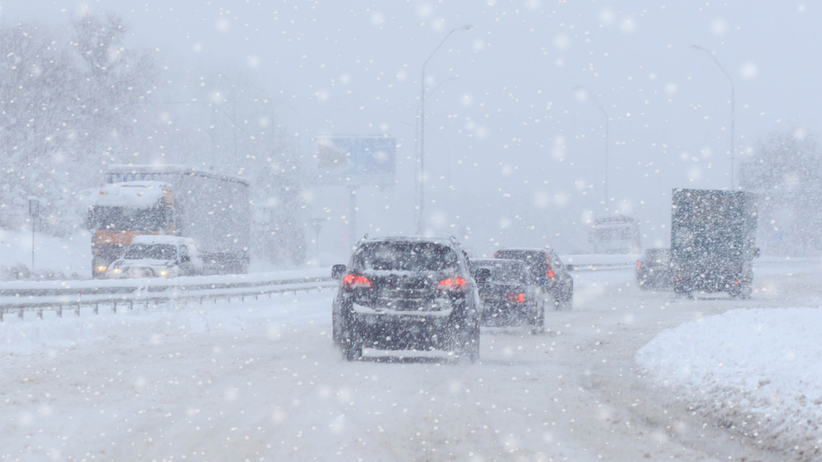 Burze śnieżne nad Mazowszem. Nie żyje sześć osób